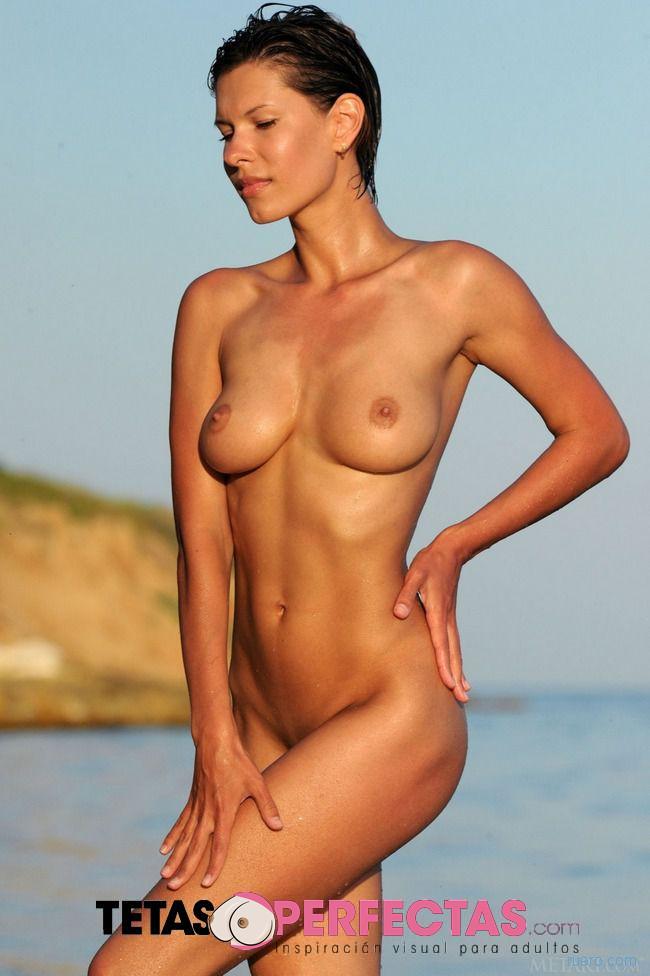 Suzanna A : знойные берега